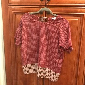 Madewell silk tee with tie at back. Size XS
